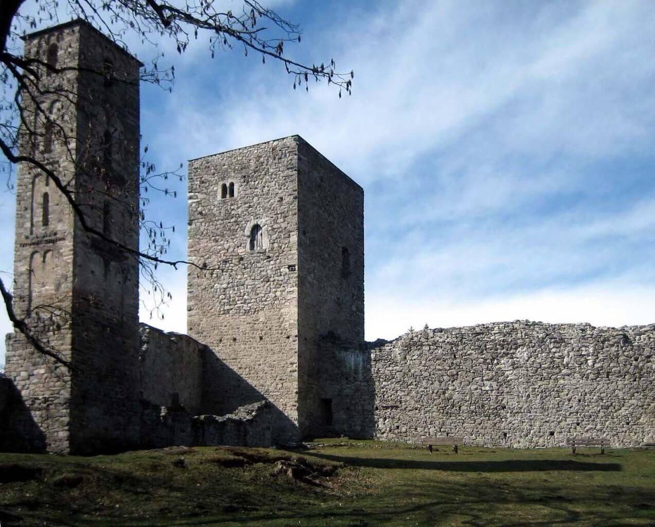 Innenhof von Schloss Jörgenberg.